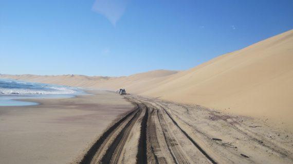 Raid 4x4 himbas dunes namibie 013